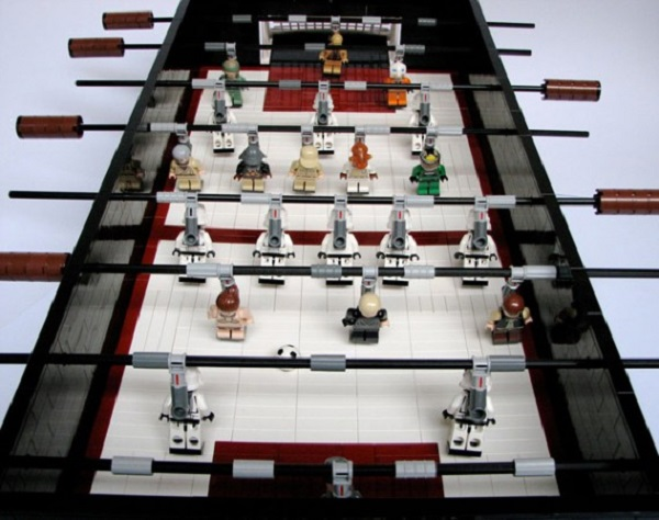 lego-star-wars-football-table