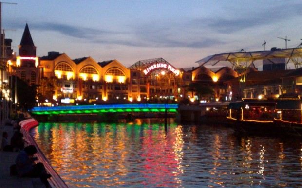 clarke_quay_at_sunset-620x387