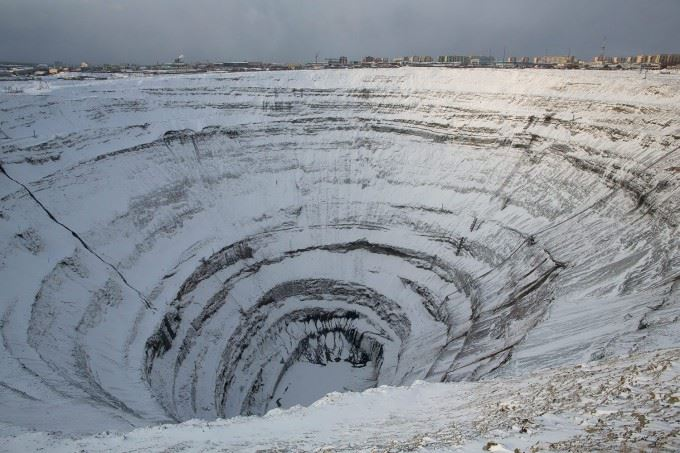 Russian-Diamond-Mines-pixanews-1-680x453