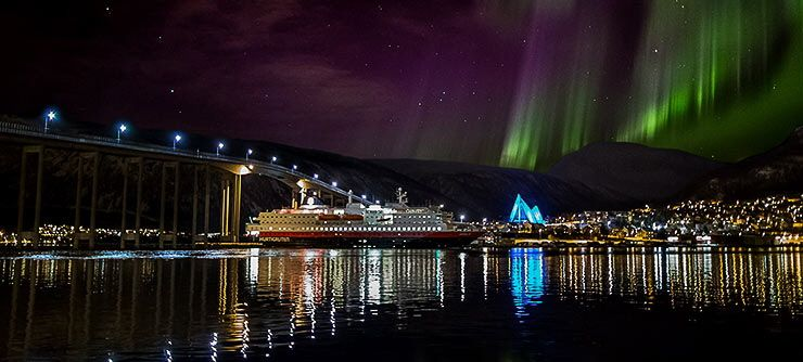norway-home-northern-lights-740