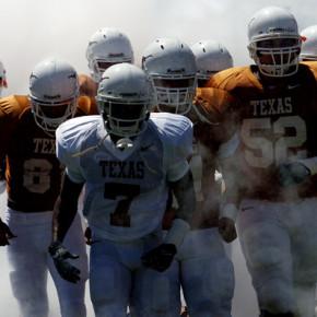 Американский футбол. Тренировки и игры команды Texas Longhorn / 2013 HD