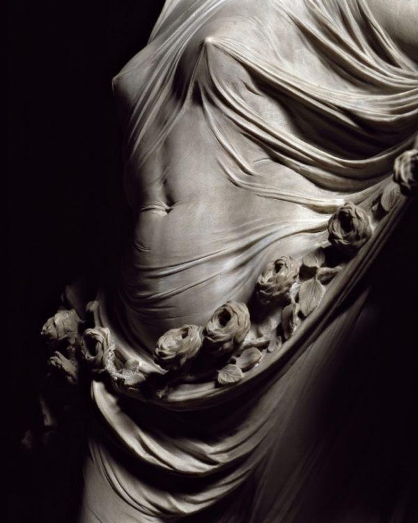 Поразительные скульптуры