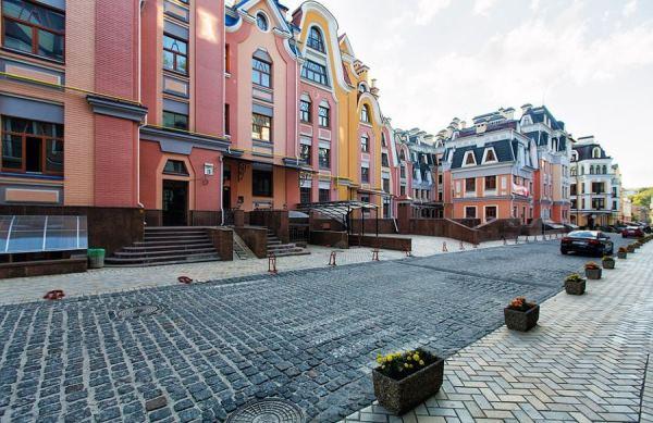 Удивительное рядом. Город-призрак в центре Киева, где нет ни единой души, ни одного автомобиля.