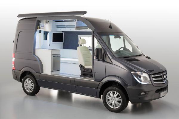 Компания Mercedes представила концепт дома на колёсах