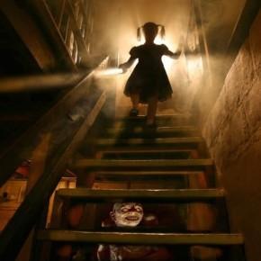 Ужасы в домах с призраками, тайны тюрьмы Алькатрас и ужасная загадка Белого Дома.