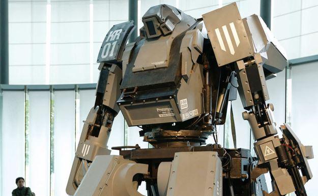Презентация огромного боевого робота «Kuratas» стоимостью 1,3 млн $