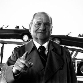 Ли Якокка. Трудовая биография человека- «главного отца» Форда Мустанг и самого известного продавца автомобилей в мире.