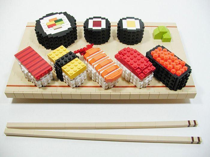 Бомбовый креатив от LEGO