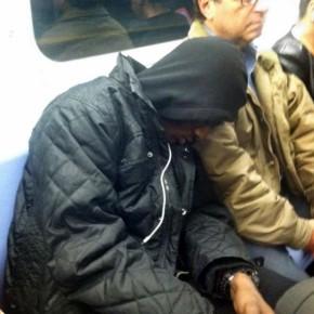 Фотография, которая взорвала весь интернет - черный парень спит на плече у еврея.
