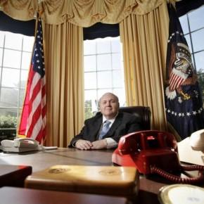 Американец фанат Овального кабинета воссоздал свой Овальный кабинет.