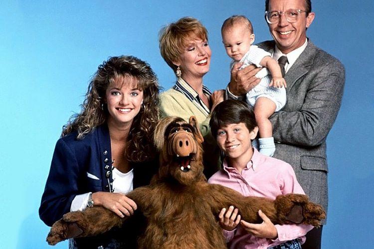 Самые любимые сериалы нашего детства и юности.