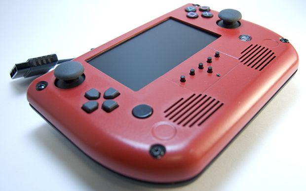 Портативная PlayStation 2 от «Downing». Сделал сам.