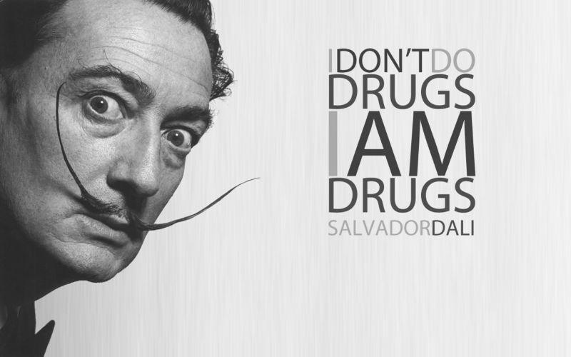 Как Сальвадор Дали из девушек череп сделал.
