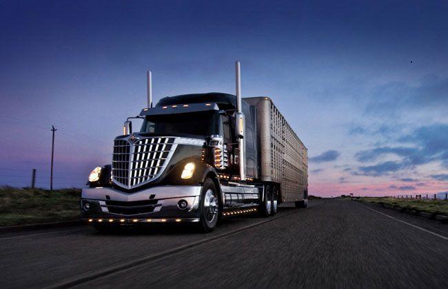 Сумасшедшие аварии и ДТП американских грузовиков за 2013