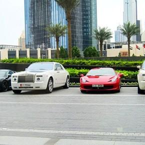 На чем ездят в универ студенты в Дубае