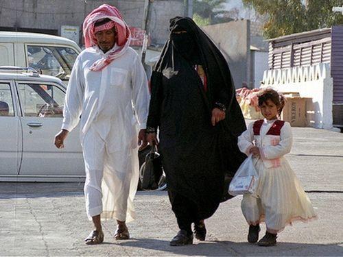 Арабские женщины и мужчины: как живет обыкновенная арабская семья в ОАЭ