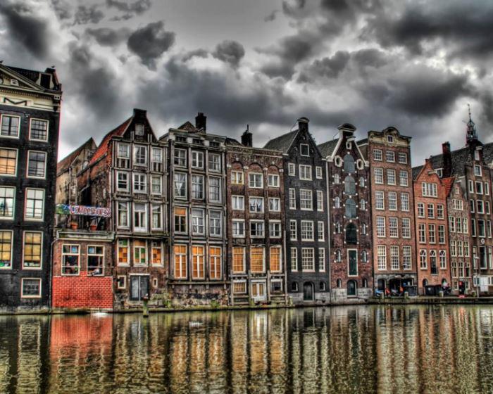 10 самых интересных мест для туристов в Амстердаме.