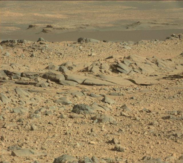На Марсе снова нашли вещи искусственного происхождения.