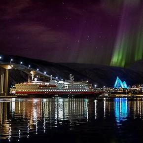 Супер красивое видео: северное сияние над Норвегией 2013