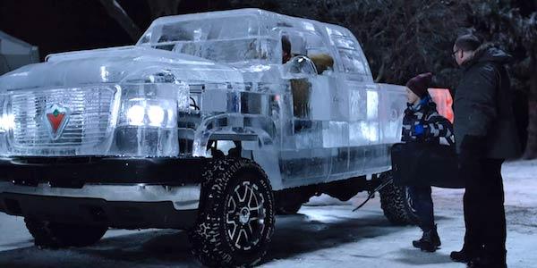 В Канаде сделали работающий пикап из льда. Фото+ Видео