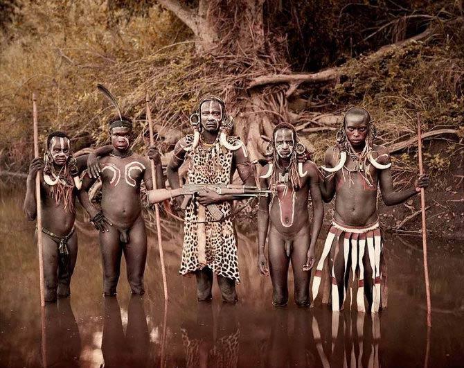 Самые дикие племена нашего времени