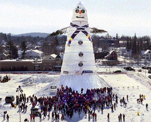 30 фотографий смешных снеговиков: хоть на зиму посмотришь