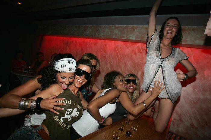 разврат в мексиканском клубе