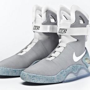 """Футуристические кроссовки Nike Air Mag из фильма """"Назад в Будущее 2"""" появятся в 2015 году."""