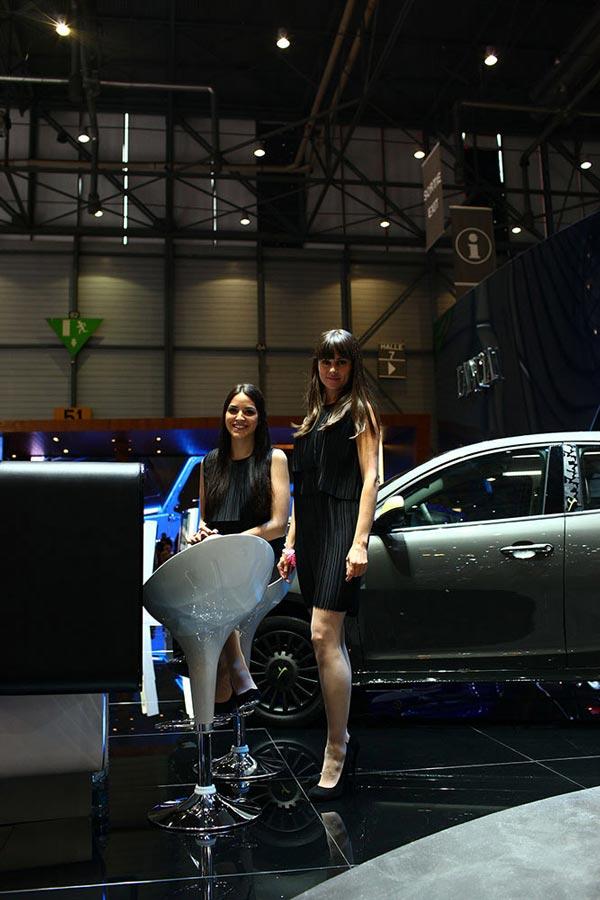 Девушки красавицы Женевского автосалона 2014
