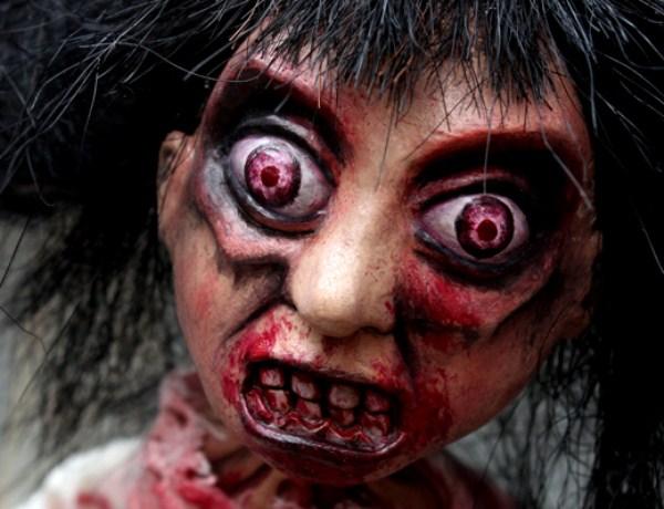 Самые страшные куклы (40 фото)
