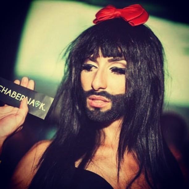 Бородатая девушка Кончита Вурст- победительница Евровидения 2014