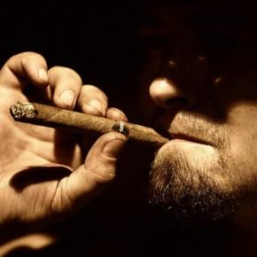 Как избавиться от запаха табака в помещении.