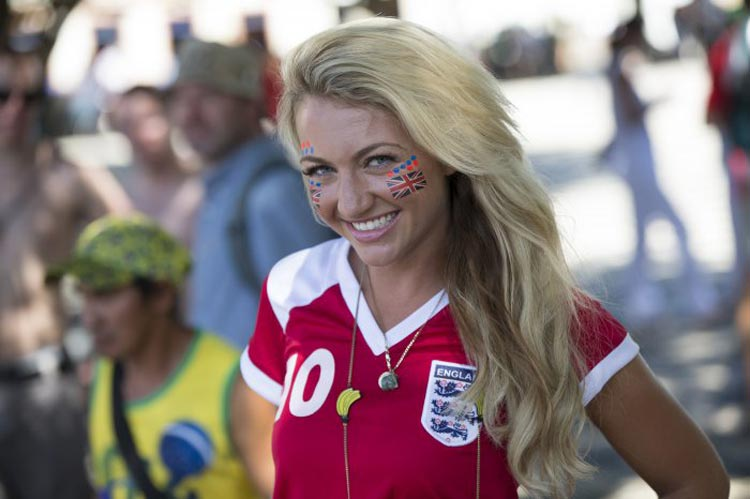 Лучше, чем гол: красивые болельщицы с чемпионата мира по футболу