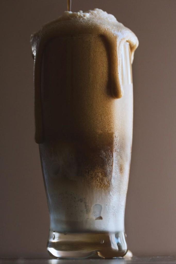 Извращенцам на заметку: пивной коктейль с мороженным.