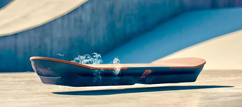Летающий скейтборд [xоверборд] от Lexus: мечта всех мальчишек от 1-100 лет осуществилась!