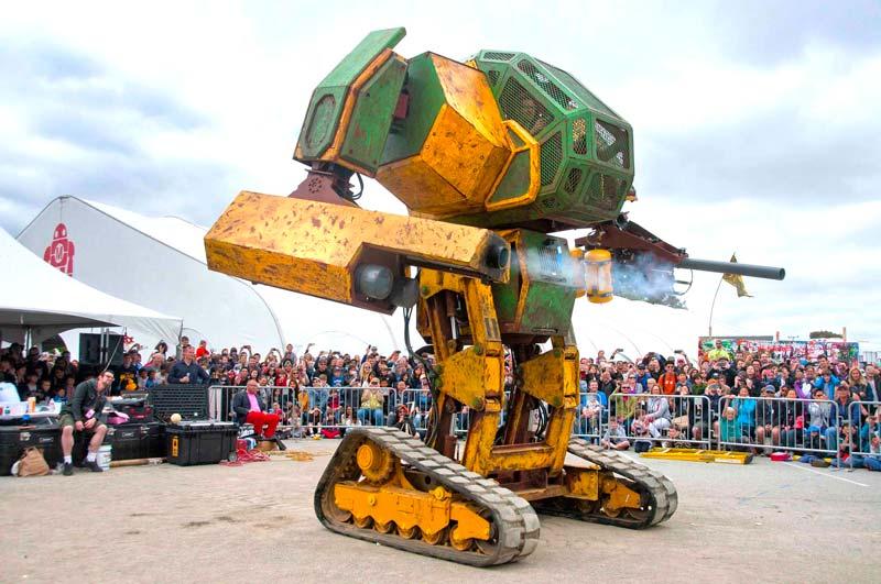 Мегаботы: как выглядит самый зрелищный файтинг гигантских боевых роботов.