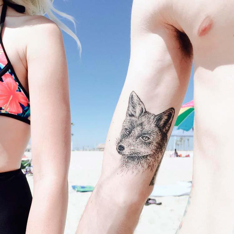 Невероятно простые и изысканные татуировки от Кейтлин Томас.
