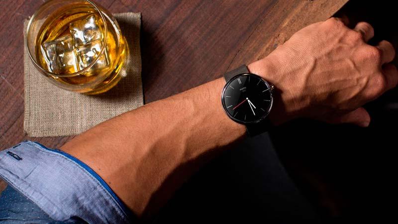 Выбираем наручные часы правильно: smart watch vs классика.
