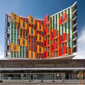 Чудеса архитектуры: жилой дом с оптическими иллюзиями.