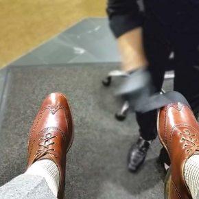 Правильный уход за обувью: научить чистить свои ботинки, как это делает Теодор - лучший чистильщик обуви из Денвера