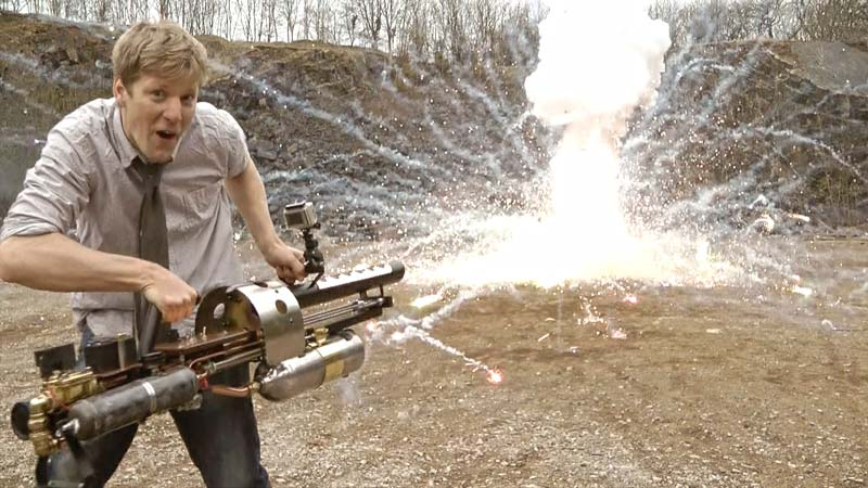 ТОП 10 самых крутых самодельных оружий, которые только смог создать человек
