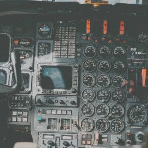 Самолеты, герои и любовь: нет, ну честно, мы не нашли интереснее книг про самолеты, катастрофы и выживание