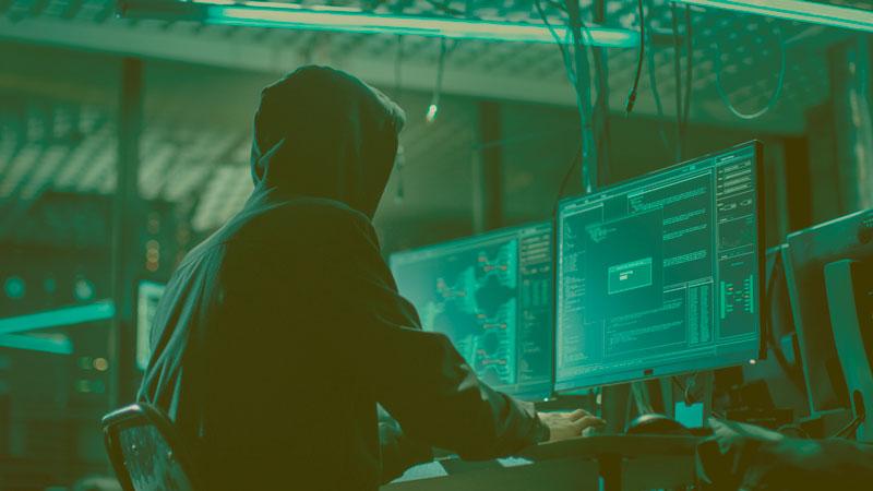 Когда компьютер – самый верный друг: 10 книг о хакерах, взломах и правительстве