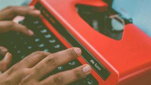 Делай деньги, не выходя из комнаты: как работать копирайтером на дому