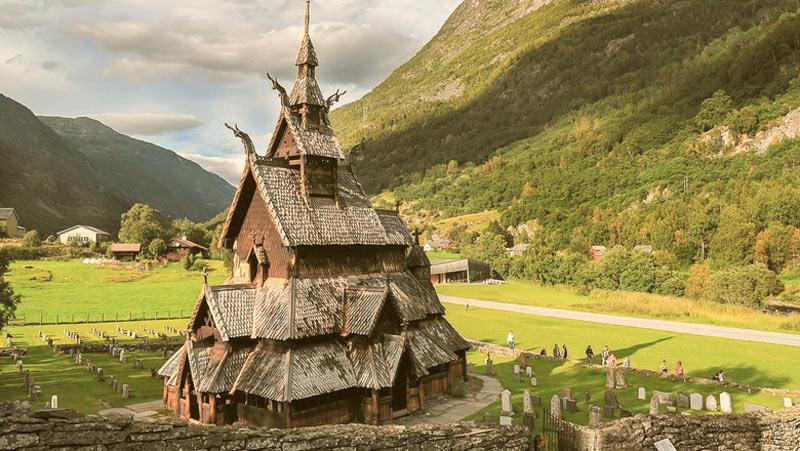Викинги, холод и лед: 10 художественных книг о Скандинавии, северных завоевателях и мистике