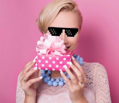 10 лучших идей бюджетного подарка девушкам на 8 марта, о которых еще нигде не писали